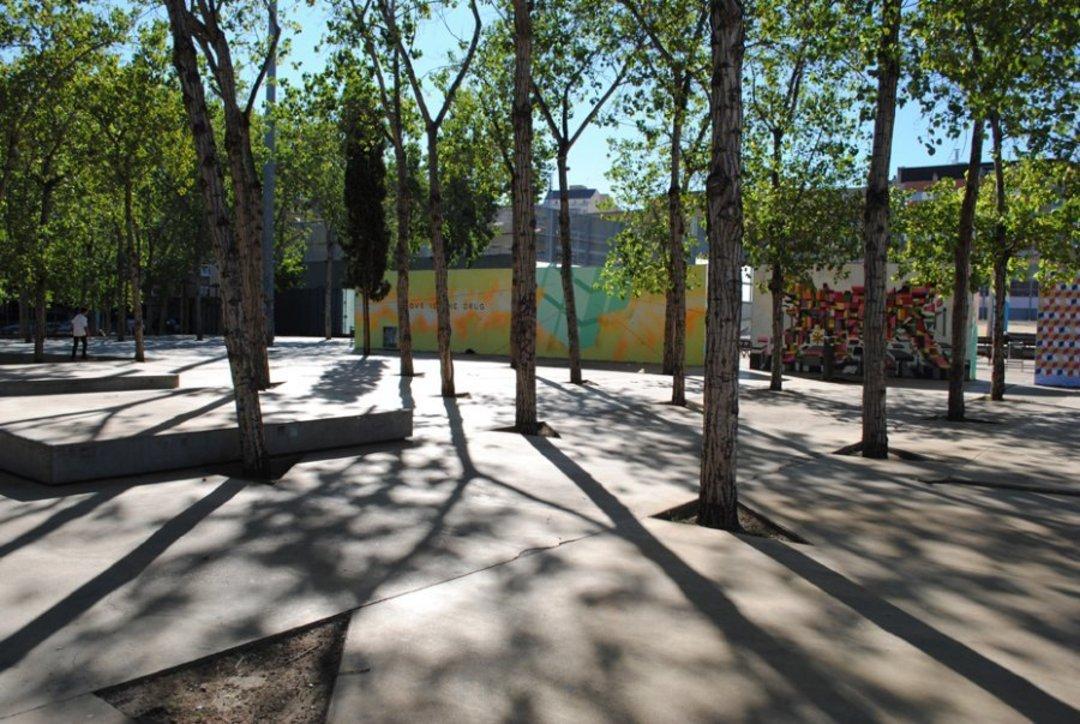 Wallspot - Sandrobedini -  - Barcelona - Tres Xemeneies - Graffity - Legal Walls - Il·lustració