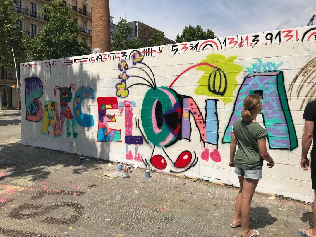Wallspot - henrysaenz - family art class  - Barcelona - Poble Nou - Graffity - Legal Walls - Illustration, Others