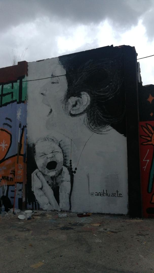 Wallspot - Ana BLÜ -  - Barcelona - Agricultura - Graffity - Legal Walls -