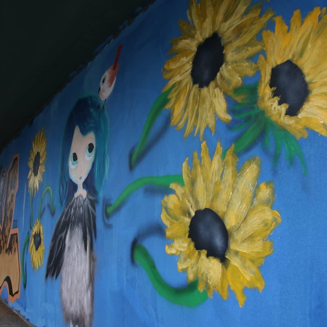 Wallspot - Ana BLÜ -  - Barcelona - El pont de la ronda - Graffity - Legal Walls -