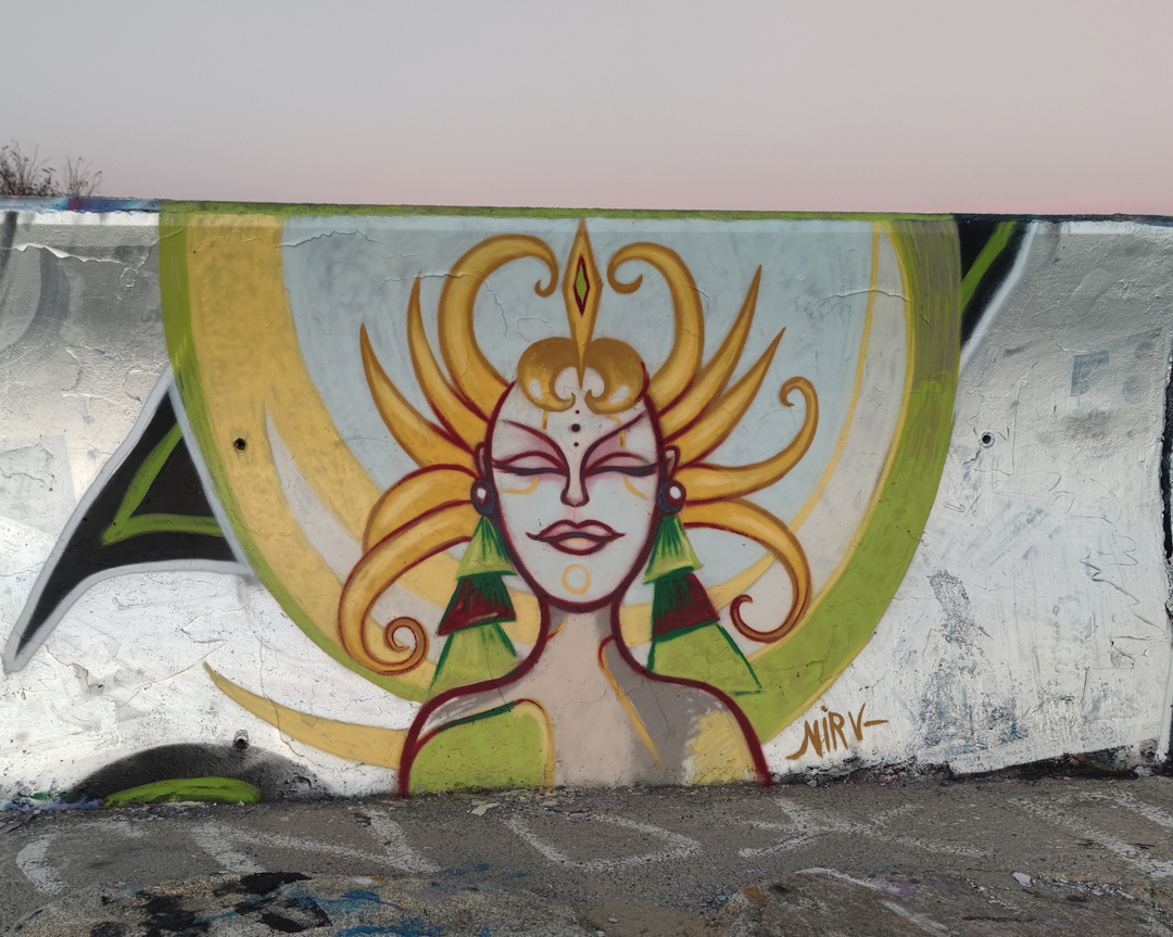 Wallspot - nirv_anna - Forum beach - Deessa de Sol - Barcelona - Forum beach - Graffity - Legal Walls -