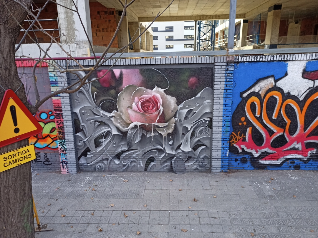 Wallspot - nv2a - Rosa - Barcelona - Selva de Mar - Graffity - Legal Walls - Otros - Artist - Bublegum