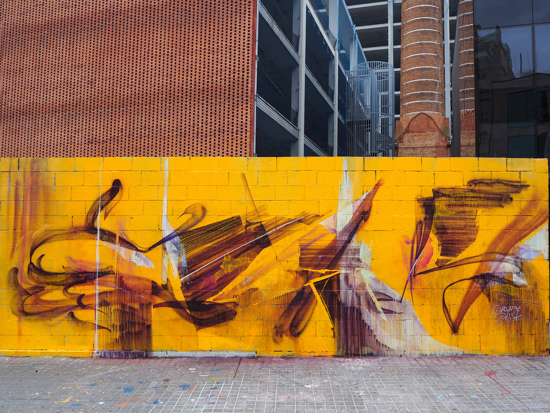 Wallspot - S. Selva - Estructuras en violeta sobre fondo amarillo - Barcelona - Tres Xemeneies - Graffity - Legal Walls - Others