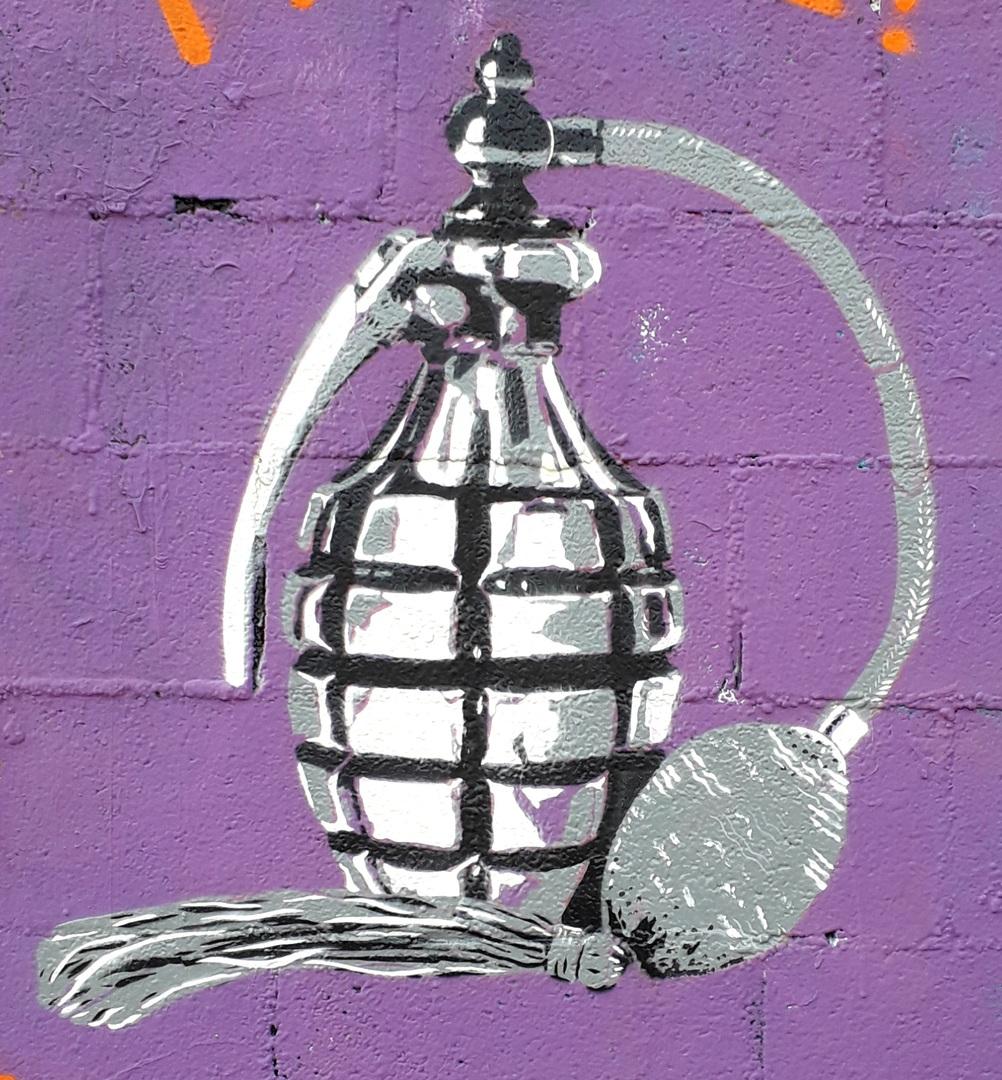 Wallspot - Magia Trece - Como una bomba - Barcelona - Tres Xemeneies - Graffity - Legal Walls - Stencil