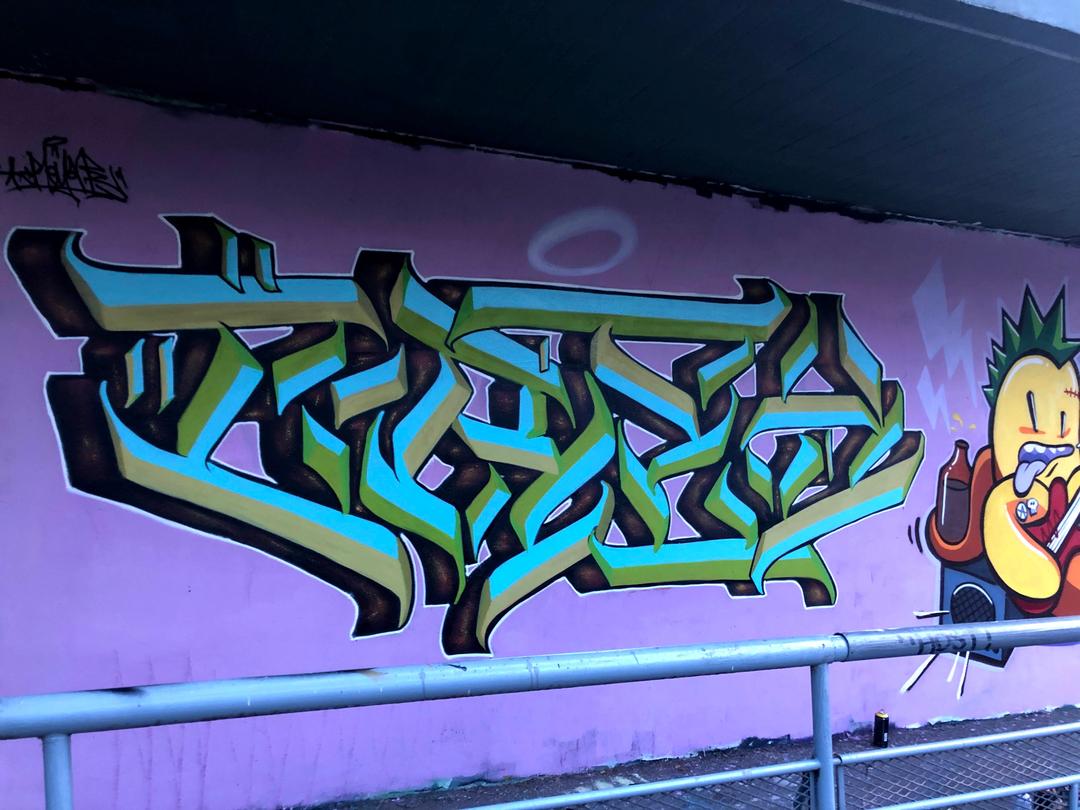 Wallspot - Crey one - El pont de la ronda - Barcelona - El pont de la ronda - Graffity - Legal Walls - Letters