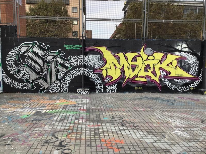 Wallspot - fractaltattoo - Barcelona - El pont de la ronda - Graffity - Legal Walls -