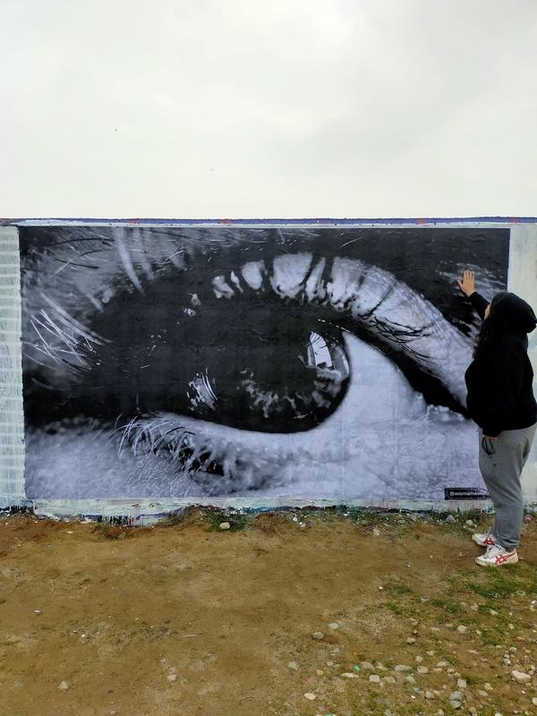 Wallspot - womanwindows - Contemplarse - Barcelona - Forum beach - Graffity - Legal Walls -
