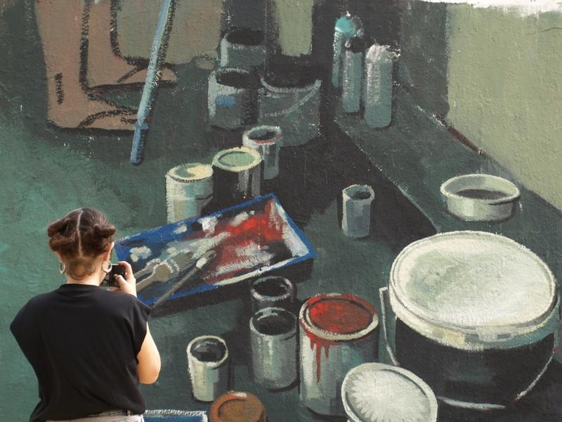 Wallspot - Núria Farré - en el muro - Barcelona - Tres Xemeneies - Graffity - Legal Walls - Illustration