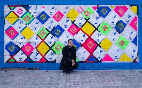 "Wallspot - Montserrat Márquez - ""TRAMA"" by Montserrat Márquez colaboración de Tomislav  Photo by Makso - Barcelona - Parallel wall - Graffity - Legal Walls - Stencil"
