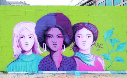 Parallel wall - Silvia Ospina.art